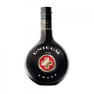 Licor Unicum Zwack 500 ml